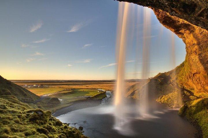 冰岛的瀑布