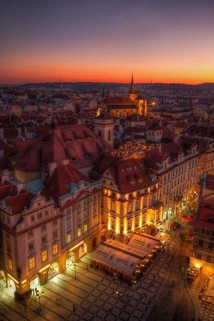 布拉格的傍晚,如油画一般