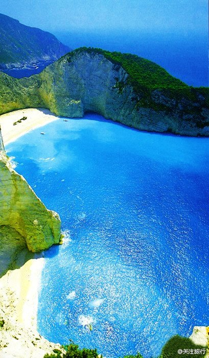 全球最美的迷你海滩Narajio Beach,位于希腊拉奈
