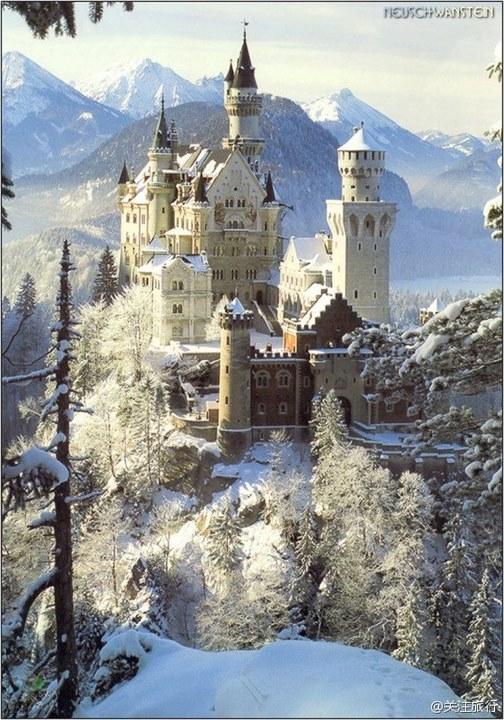 新天鵝堡(德国)看就起來像一個童話