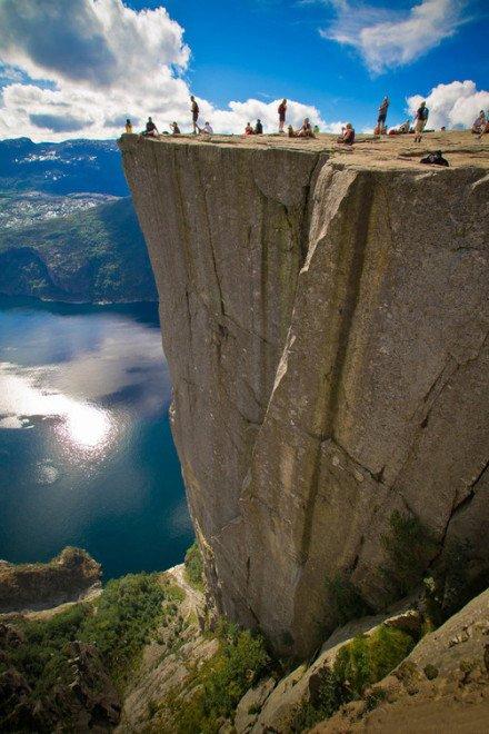 这里是挪威!大自然的鬼斧神工!~